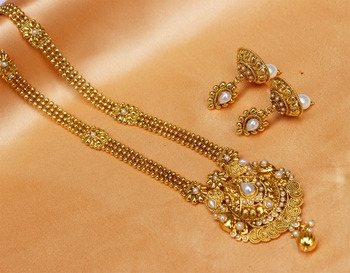 Gorgeous Gold Plated Kempu Necklace