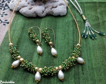 Green_Ghungroo_4_Pearl_Drop_Set