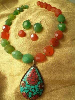 Red Green Necklace Set -090141