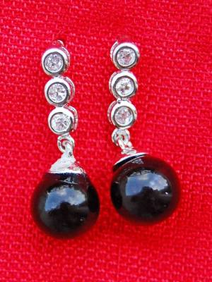 Elegant and Stylish Black Earrings