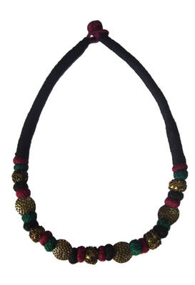 maroon antique gold necklace
