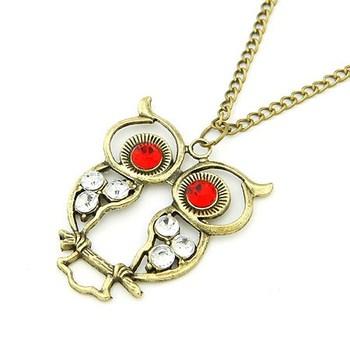 Chic Owl Neckpiece - Red