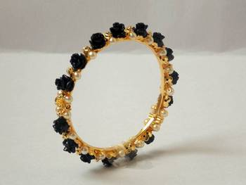 Pearl Bangle Black