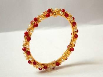 Red n White Pearley bangle