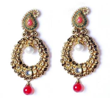 Beautifull ethnic style earrings
