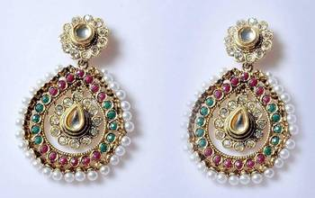 Oval shape danglers with stones