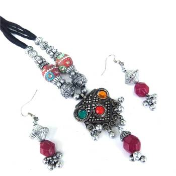 Dori Necklace set
