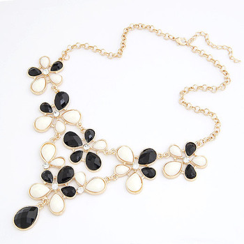 Black and cream flower spray necklace