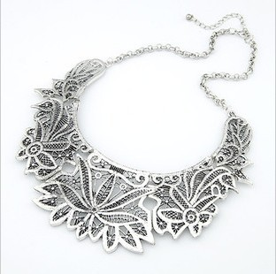 Silver lace filigree necklace