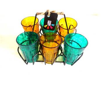 Quirky kitsch cutting chai sets-Textured Green and Yellow
