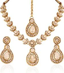 Glimmery Gold Plated Australian Diamond Stone  Necklace Set