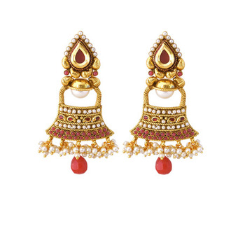 Sparkling Maroon Earrings