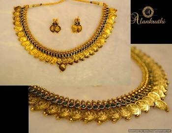 Traditional Necklace Set 4