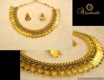 Traditional Necklace Set 7