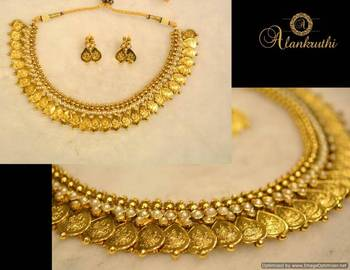 Traditional Necklace Set 8