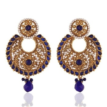 Beguilling Gold Plated Jewellery Earrings For Women