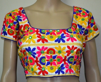 64e52ce42b5e7 White kutch Embroidery Blouse - ETHNICLE - 582012