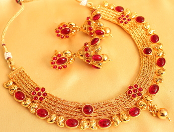 Gorgeous Antique Royal Red Designer Necklace With Matching Earrings