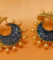 Buy Gorgeous matt finish high gold   earrings stud online