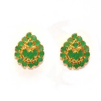 Anvi's Droplet shaped emerald earrings