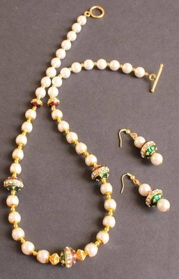 Beautiful Pearl Meenakari Necklace Set