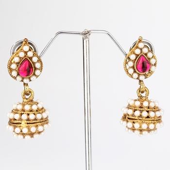 Pink Leaf Pearl Jhumki Earring