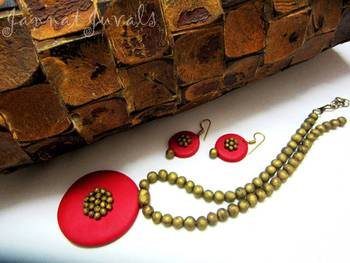 Antique Golden and Red Necklace set