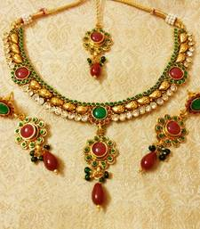 Buy Designer Multicolour Delicate Necklace Set With Maang Tikka necklace-set online