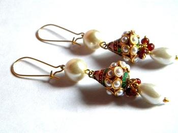 Handmade meenakari earring