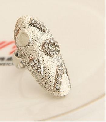 Trendy Shiny Elegant Alloy Small Rhinestone Punk Finger Nail Ring
