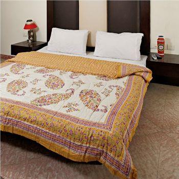 Keri Design Jaipuri Cotton Razai in White Sunglow Gold print