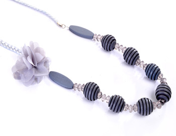 Gray Floral and Boll Fashion Set