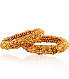 Fab Gold plated Antique Bangle