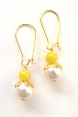Pearly Pearl Earrings