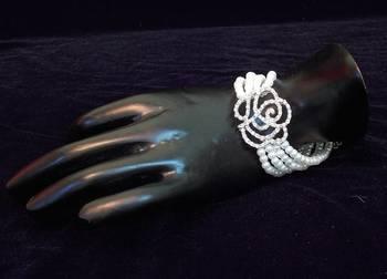 ROSE flower PEARL BEADS Bracelet RAKHI GIFT
