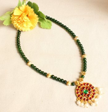 BEAUTIFUL HANDMADE GREEN BEAD NECKLACE SET-DJ15814