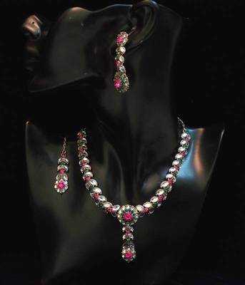 PARTY WEAR STYLISH N ELEGANT ZIRCON N COLORED STONE NECKLACE SET