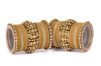 Beautiful Golden Dot Pattern Bangle Set For Two Hands