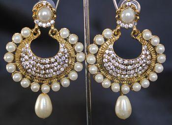 Beautiful Pearl and stone earrings