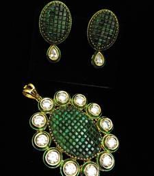 Buy green kundan emerald  pendant set Pendant online
