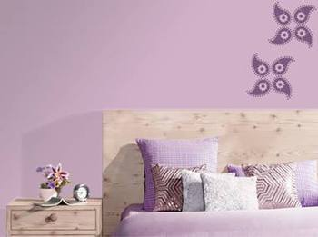 Petal modern style wall decal