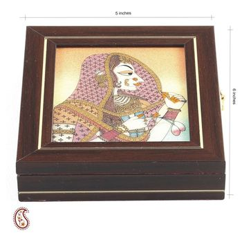 Fair Madien Motif Precious Stone Inlay Work  Box