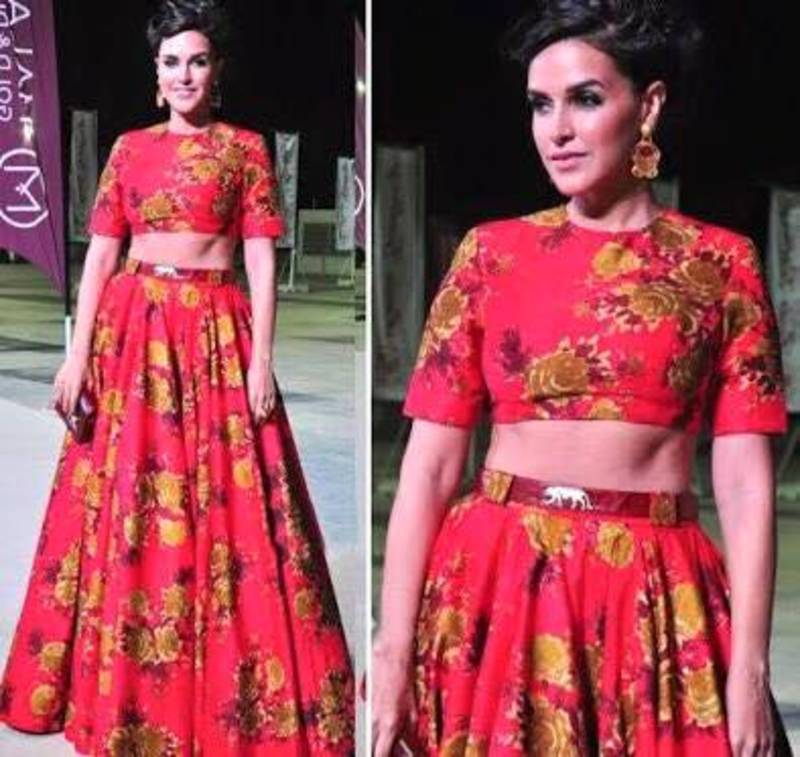 03510c6c1c0ea Neha dhupia crop top skirt - Get Style At Home - 656413