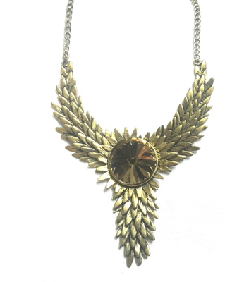 Golden pretty necklace with stone