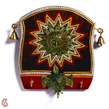 Diwali Gifts Beautiful Wooden panel Key Holder with Sun Motif