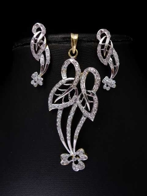 Flower and Leaf CZ pendant set