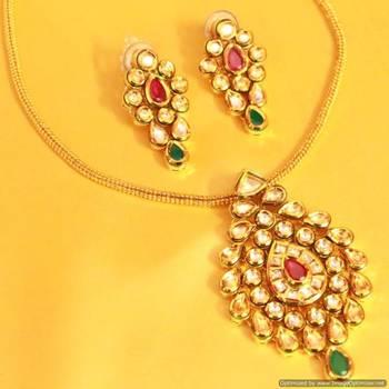 Ruby & Emerald Gold Kundan Meenakari Pendant Set