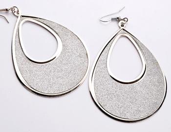 Fashionable Earring