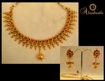 New Temple Jewellery Necklace Set 4