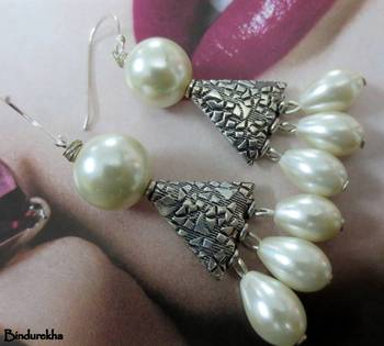 Silver_Samosa_3Pearls_Latkan_Earrings